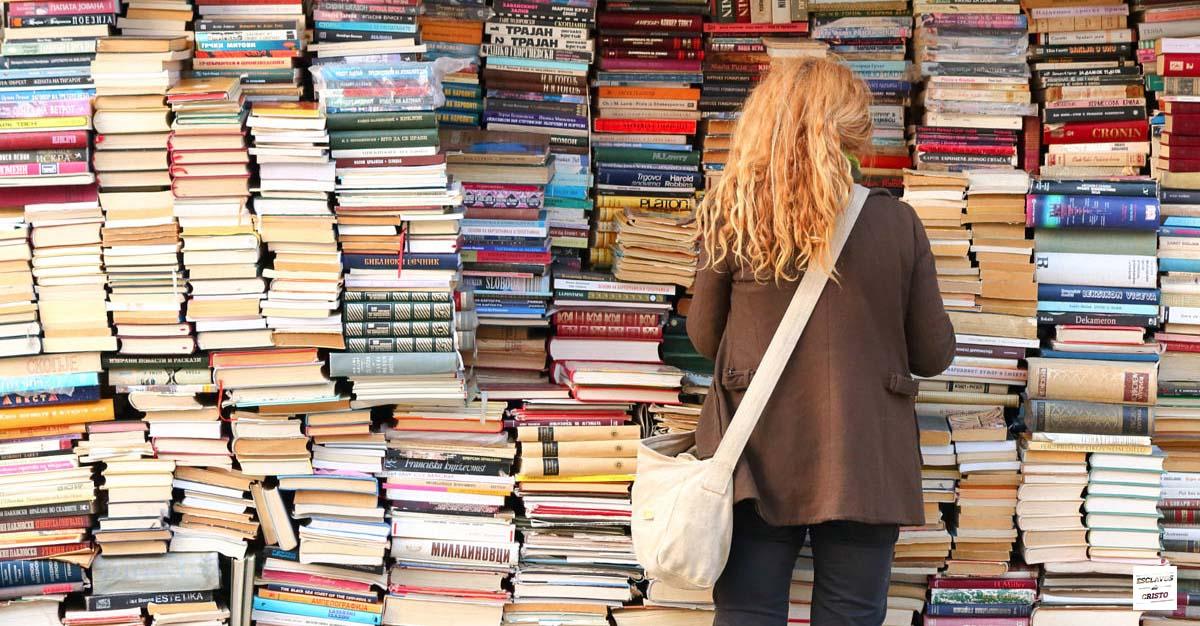 ¿Debe un creyente leer libros cristianos aparte de la Biblia?